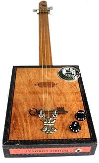 Гитары из коробок для сигар